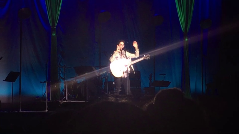 Darren Criss- She's Electric (and talking to crowd) (LMDC Tour Manchester)