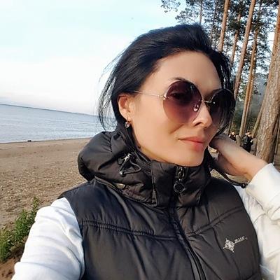 Лена Малинская