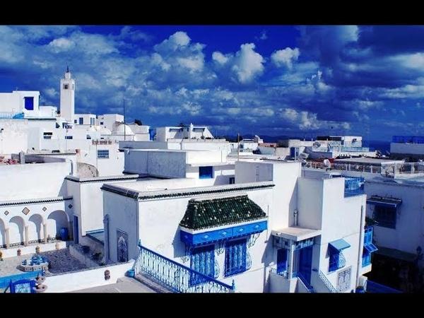 Бело синий Сиди Бу Саид