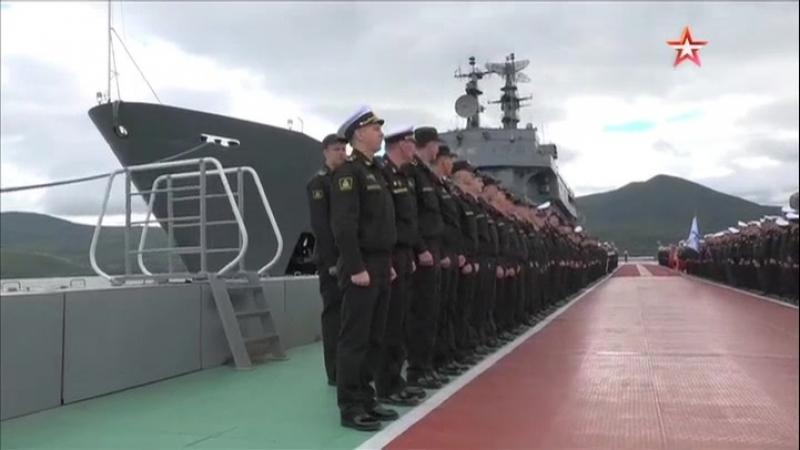 Корабль «Перекоп» с курсантами впервые прибыл на Камчатку
