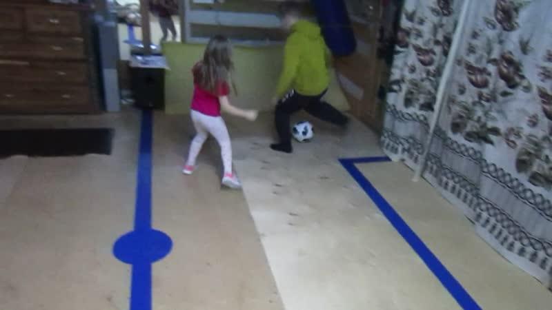 Футболистка Соня