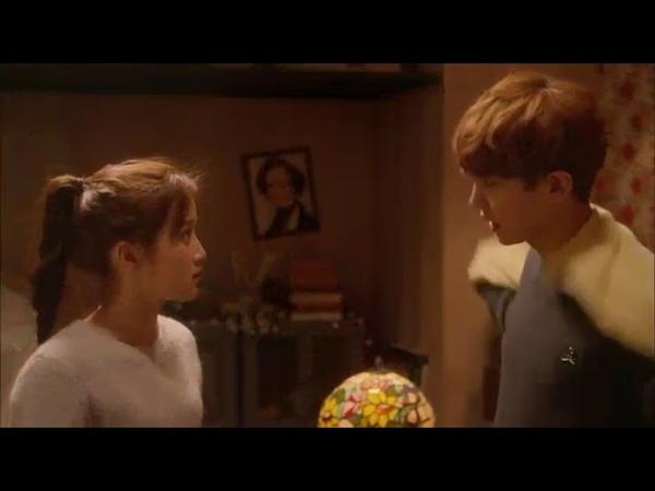 EXO по соседству Клип Love me like you do