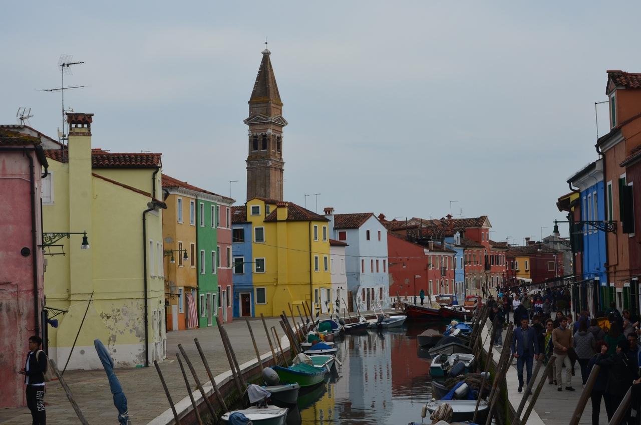 aqF4qrO5lDw Венеция — один из самых романтичных уголков мира.