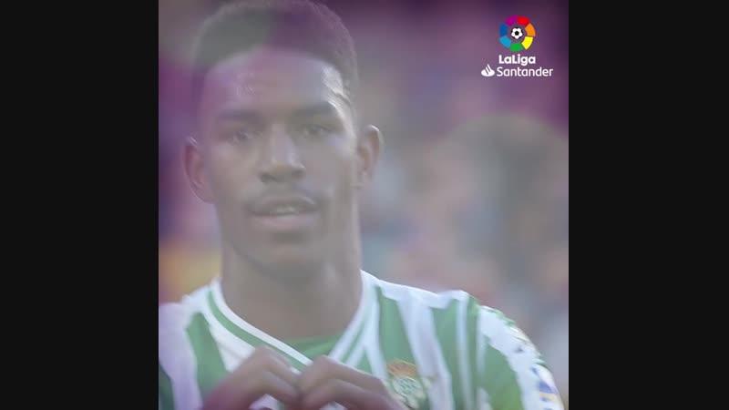 Командный гол Бетиса Барселоне