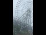Ураганный ветер раскрутил колесо обозрения в Японии - 4.09.2018