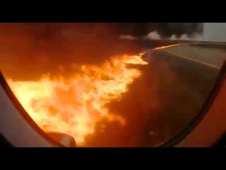 Видео из салона самолета москва-мурманск в момент катастрофы
