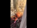 Heute in Rostock: Die roten Demosöldner greifen Polizisten grundlos an!
