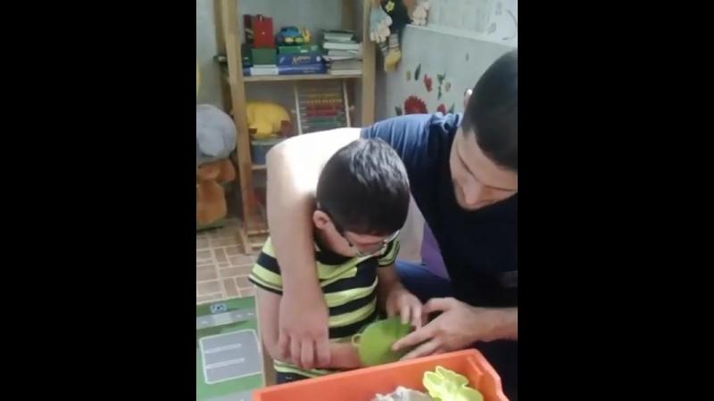 Мурад Гумбатов снова в БиАТи_ Занятия с эрготерапевтом.