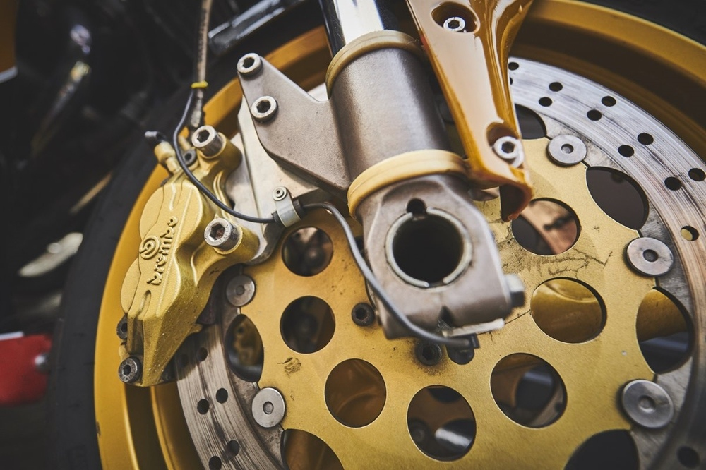 Мотоцикл Martin M16 1135 EFE Suzuki
