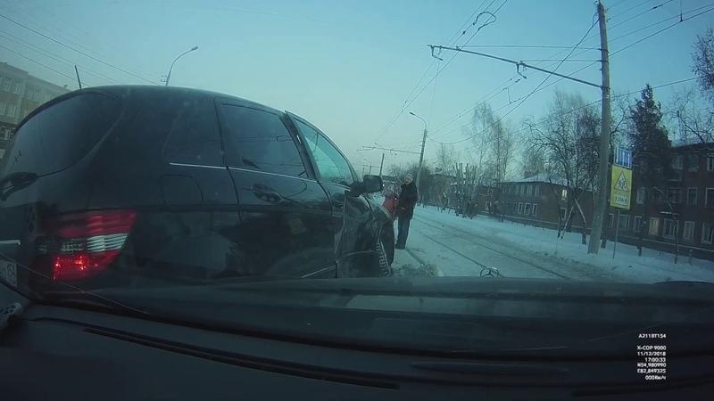ДТП на Титова, 99 (г. Новосибирск)