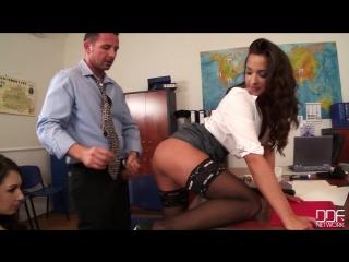 Alessa Savage 4 секс, порно, чулки. каблуки, минет, сиськи, шлюха, длинные ноги, секретарша