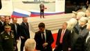 ОХРАНА ПУТИНА ОТТЕСНЯЕТ БЕГЛОВА И ПЕСКОВ Неравнодушный (security Putin's)