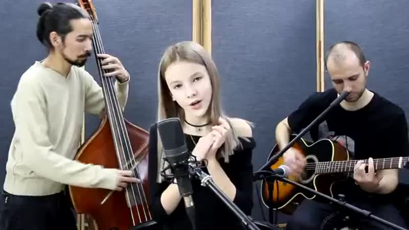 Sia Everyday is Christmas Cover by Daneliya Tuleshova Данэлия Тулешова Live Acoustic version