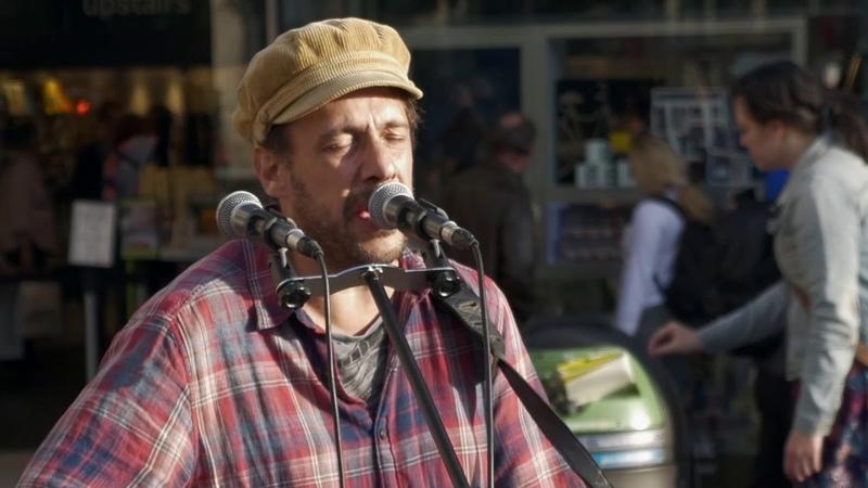 Street Spirit Radiohead cover Rob Falsini busking in Covent Garden