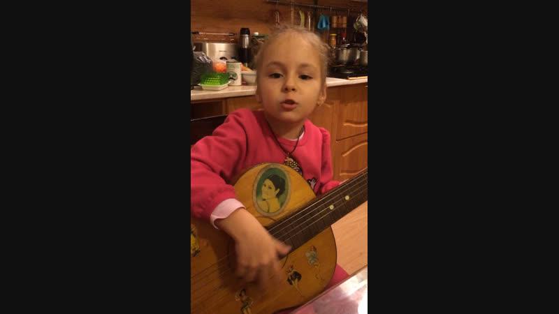 Будущая звезда моя внучечка 🌺🌸💕