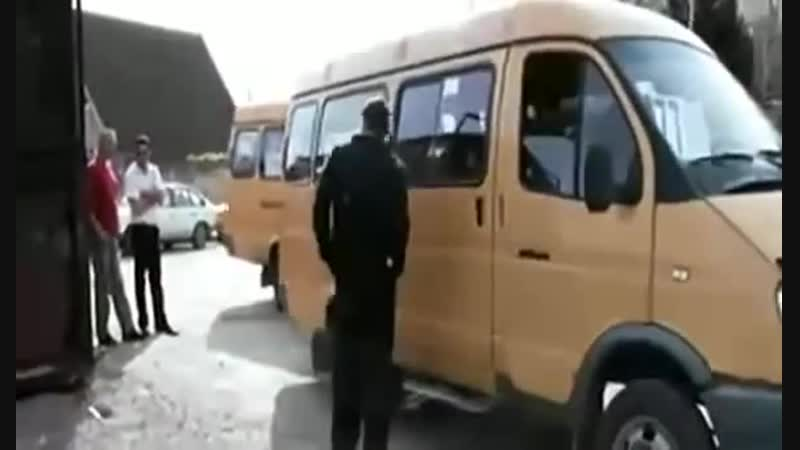 Дверью не хлопай
