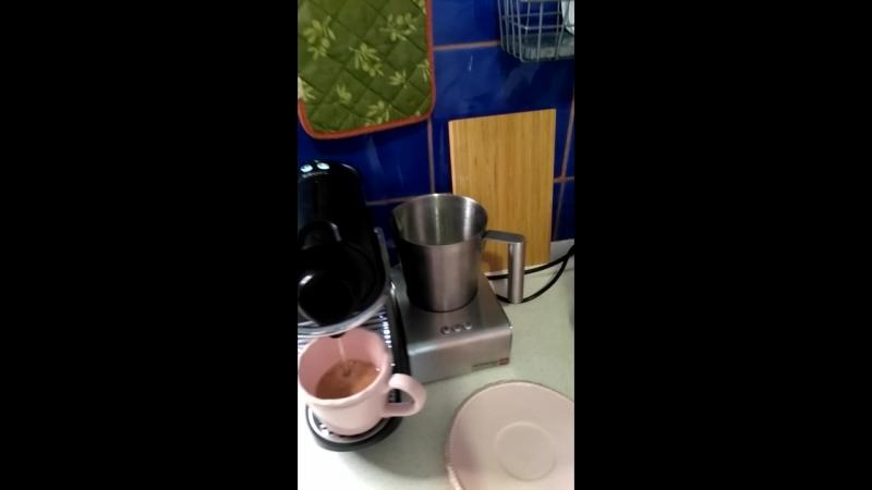 Как пользоваться капсульной кофемашина в DIVA deauty room
