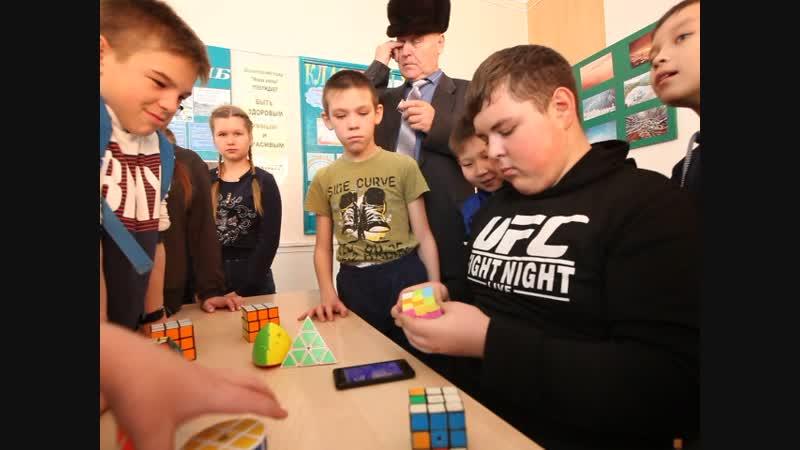 Мастерская Головоломки клуба Интеллект на районном фестивале Наука 0. Фрагмент 2.