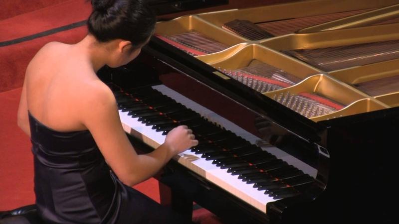 Hilda Huang, piano performs: JS Bach Partita in A minor, BWV 827