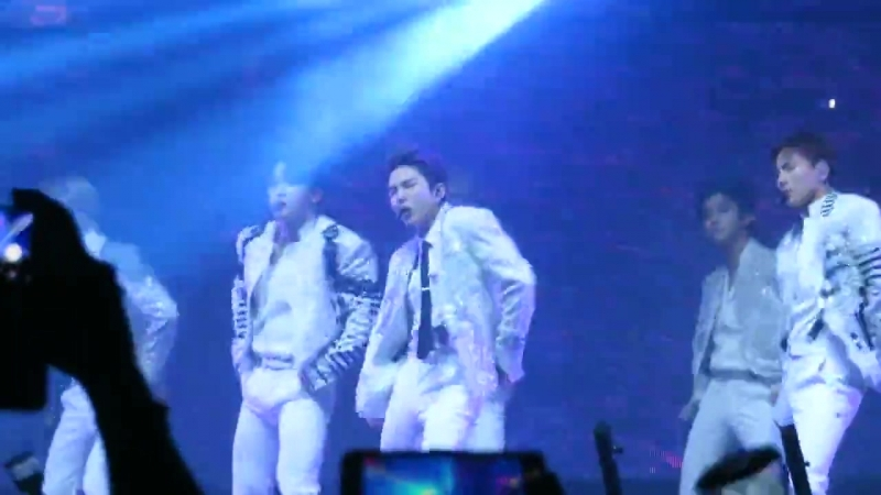 [VK][20.06.18][Fancam] The 2nd World Tour The Connect In Amsterdam (Jealousy)
