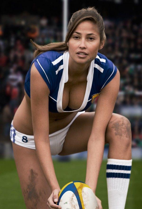 Naked rugby calendar
