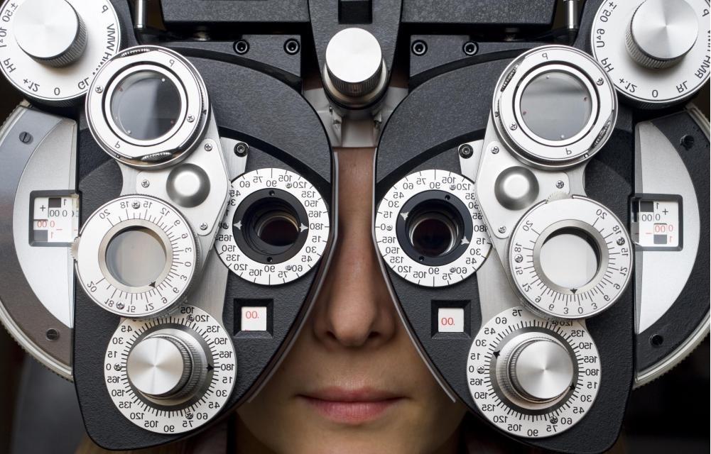 Ежедневный осмотр глаз должен проводиться ежегодно.