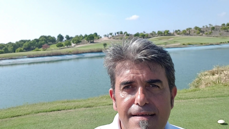 ESCAPASOL ваше агентство недвижимости в Испании на побережье Коста Бланка Игрок в гольф Какое счастье Добро пожаловать д