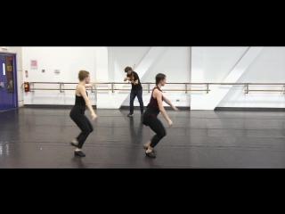 1004 J. S. Bach - Partita No 2 in D minor. Chaconne,  BWV 1004 - Johnny Gandelsman & The Limón Dance Company