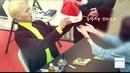 움직이는 산타모자를 선물 받은 MINO(송민호) (Reaction) [4K 직캠]@181208 락뮤직