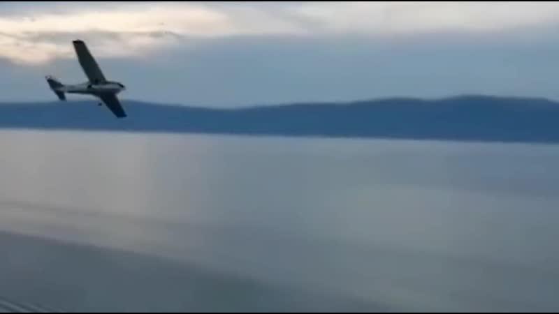 В Байкал упал самолёт