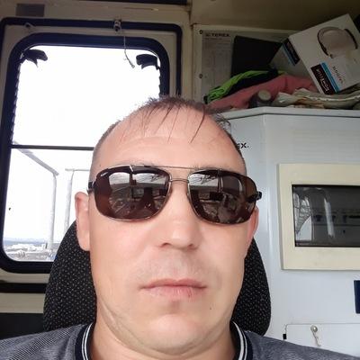 Алексей Давлетханов