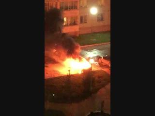 На Дениса Давыдова вспыхнул автомобиль