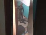 Серега выпал из окна скатившись с лестницы в подъезде