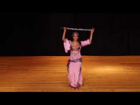 Adriana Lezama Saidi dance