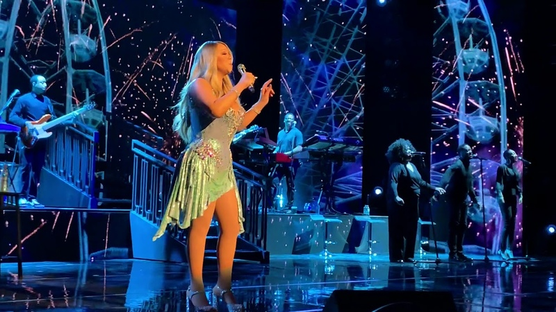 Dreamlover (live at the Caution Tour) - Mariah Carey in Toronto