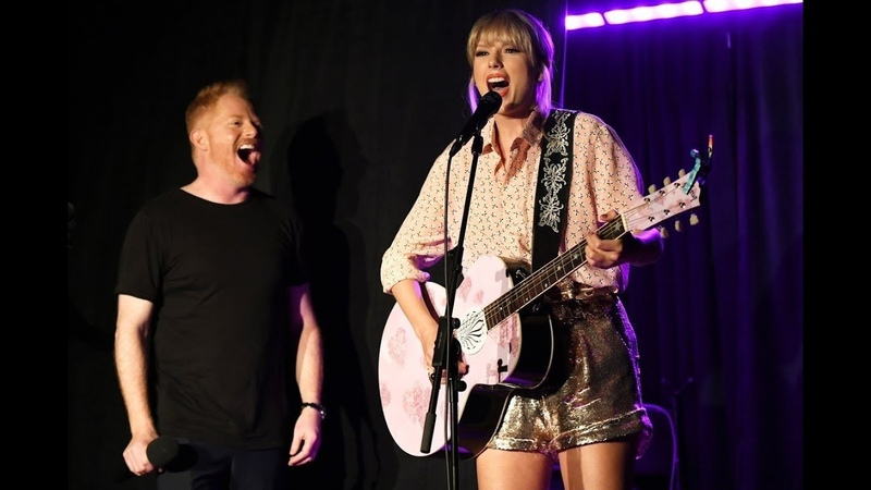 Taylor Swift - Shake It Off (Live @ Stonewall Inn 2019) Surprise Pride Performance HD