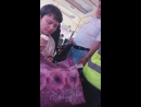 Водитель выгонял женщину из салона за то, что она ела мороженое