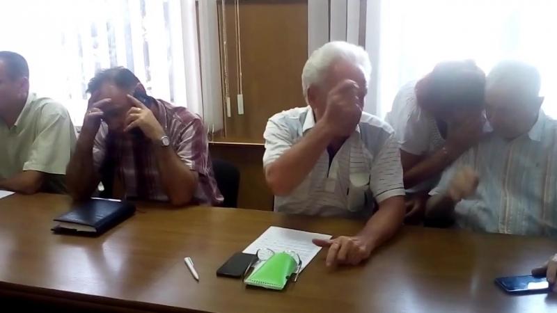 Дієвий спосіб спілкування з обласною владою та керівництвом ПАТ «Черкасиобленерго» запропонував депутат міської ради Анатолій Го