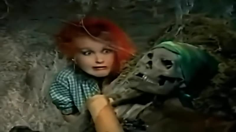 Cyndi Lauper - The Goonies (1985 HD)