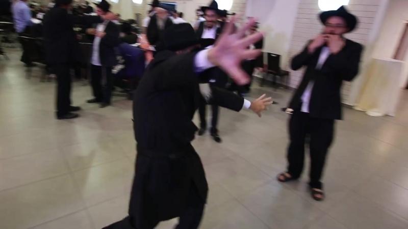 Танцует Яков бен Цви Гирш Лернер, Человек, чистой души