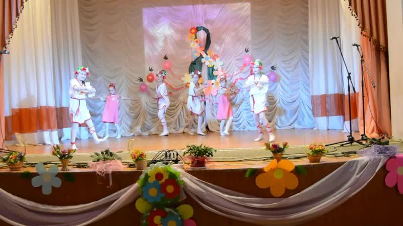 Танцевальный коллектив Сударушка танец