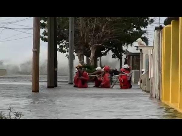 Куба наводнение в Гаване