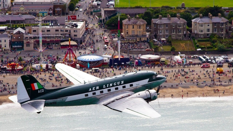 360° Video ¦ Fly over Dublin in a DC-3 ¦ Aer Lingus