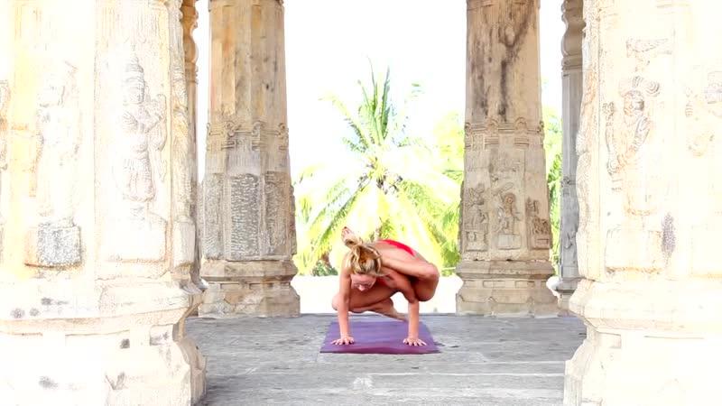 Yoga in Mysore with Kino