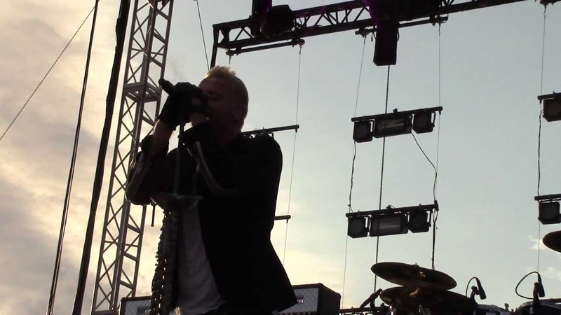 Thousand Foot Krutch Live - Be Somebody