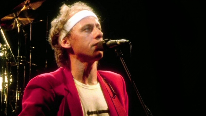 Dire Straits Sultans of Swing (Alchemy Live @ Hammersmith Odeon 23th july 1983)