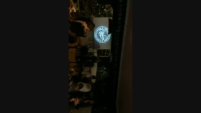 Live ЁD TAPROOM - craft beer pub boutique