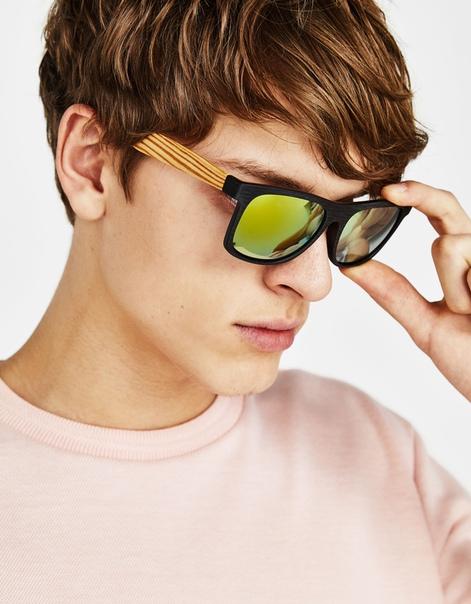 Солнцезащитные очки с отделкой под древесину