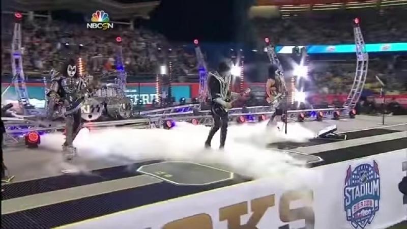 KISS - Detroit Rock City - Dodger Stadium, 25_01_2014 (LA Kings vs. Anaheim Ducks) - YouTube
