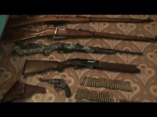 У жителя Самары обнаружен оружейный схрон: пистолеты-пулеметы, ружья, граната и т.д.